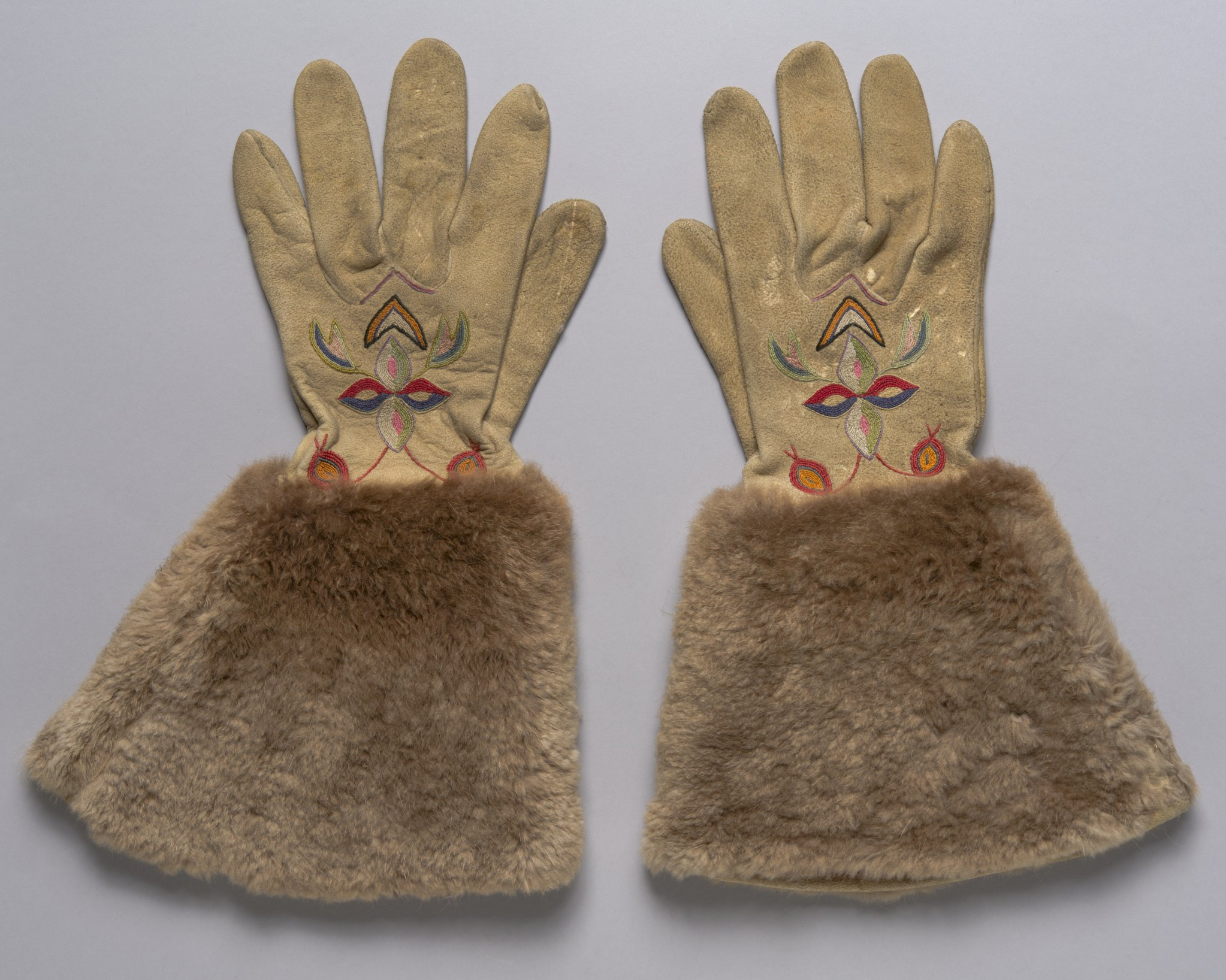 Buckskin Gloves - 1