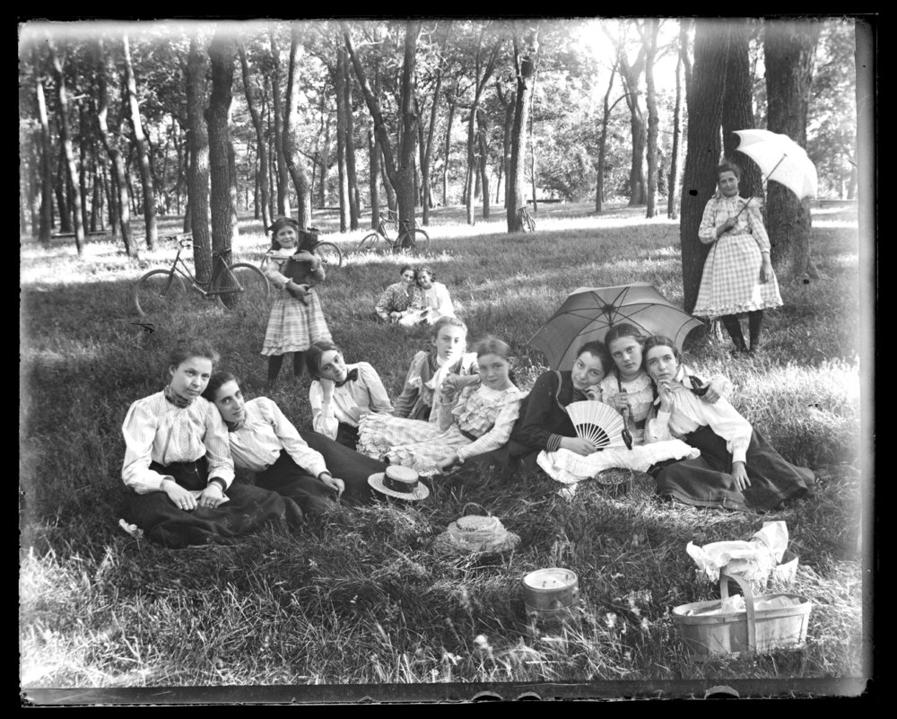 Children on a picnic in Council Grove, Kansas - 2