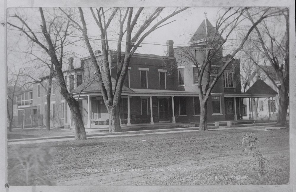 Cottage House Hotel Council Grove Kansas