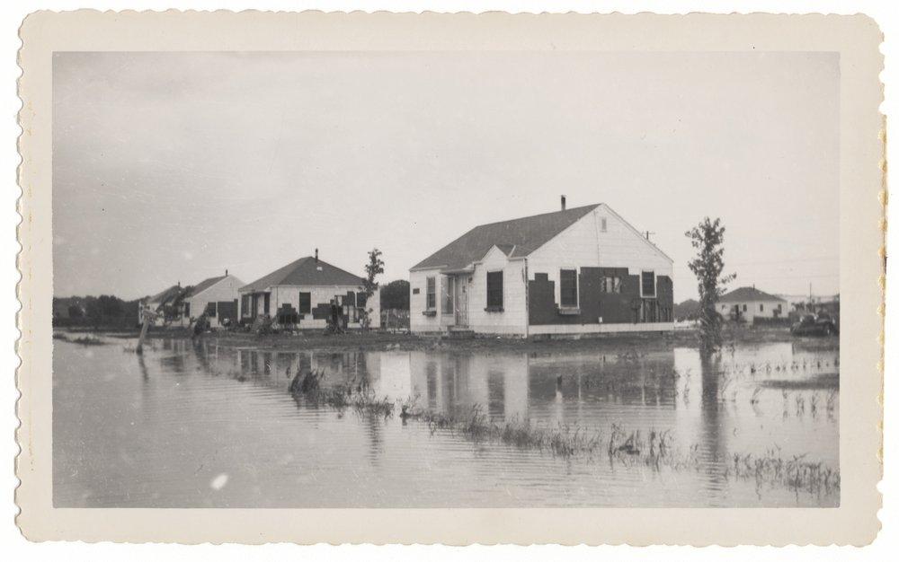 1951 flood scenes in Topeka, Kansas - 1