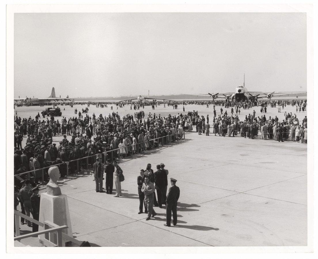 Dedication, Schilling Air Force Base, Salina, Kansas - 3