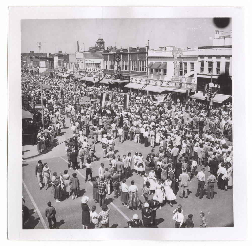 Centennial parade, Salina, Kansas - 7