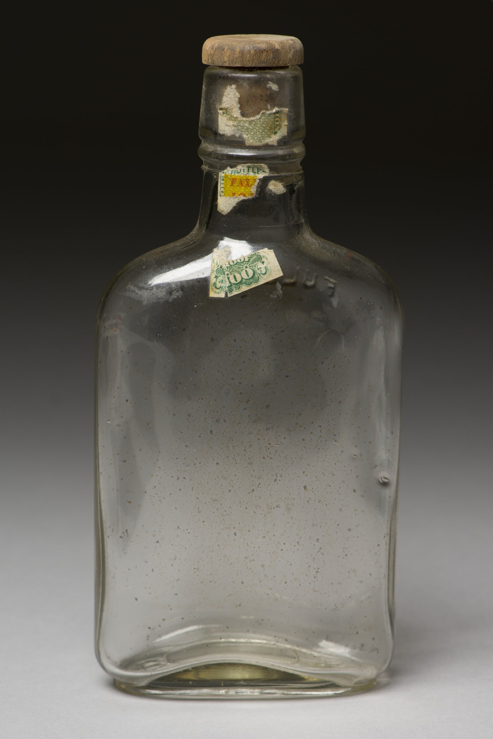 Liquor Bottle from Shawnee Indian Mission, 14JO362 - 1