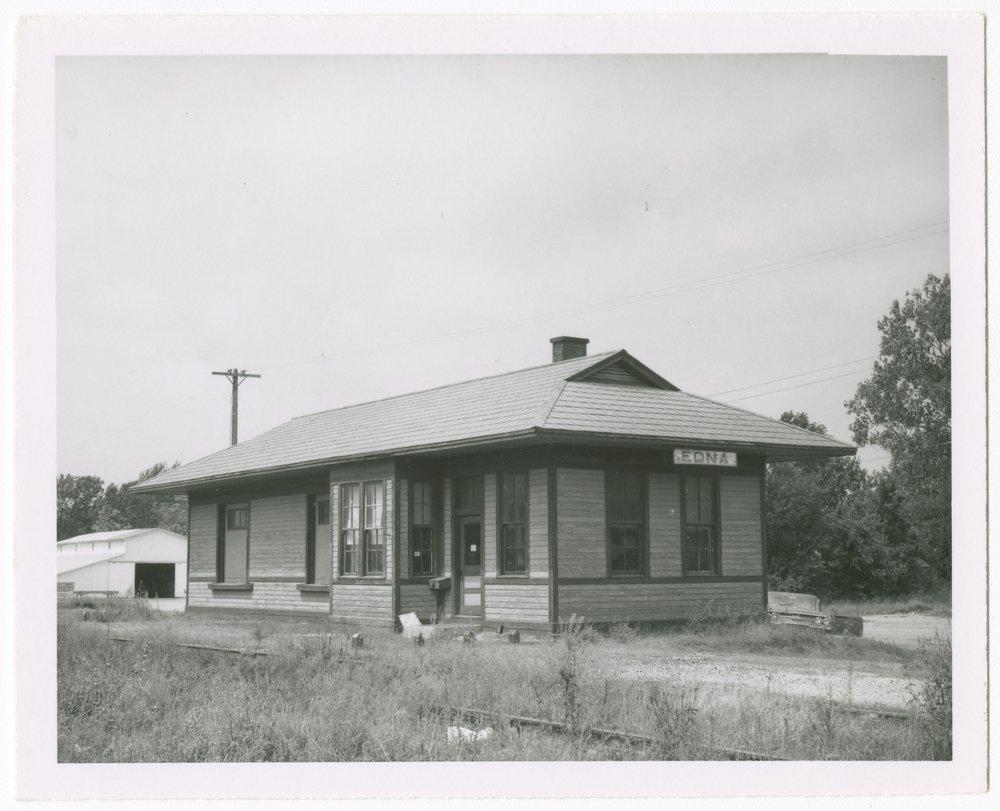 Missouri Pacific Railroad depot, Edna, Kansas - 1