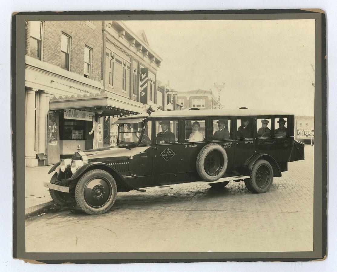 Deluxe Transportation Company bus, El Dorado, Butler County, Kansas - front