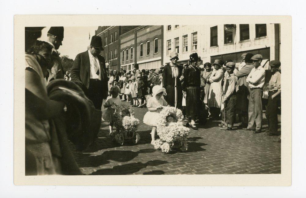 Baby Parade at the Kaffir Corn Carnival, El Dorado, Kansas - front