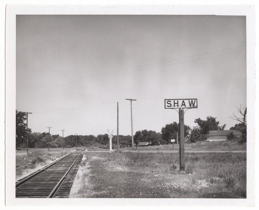 Atchison, Topeka and Santa Fe Railroad Company signpost, Shaw, Kansas - 1