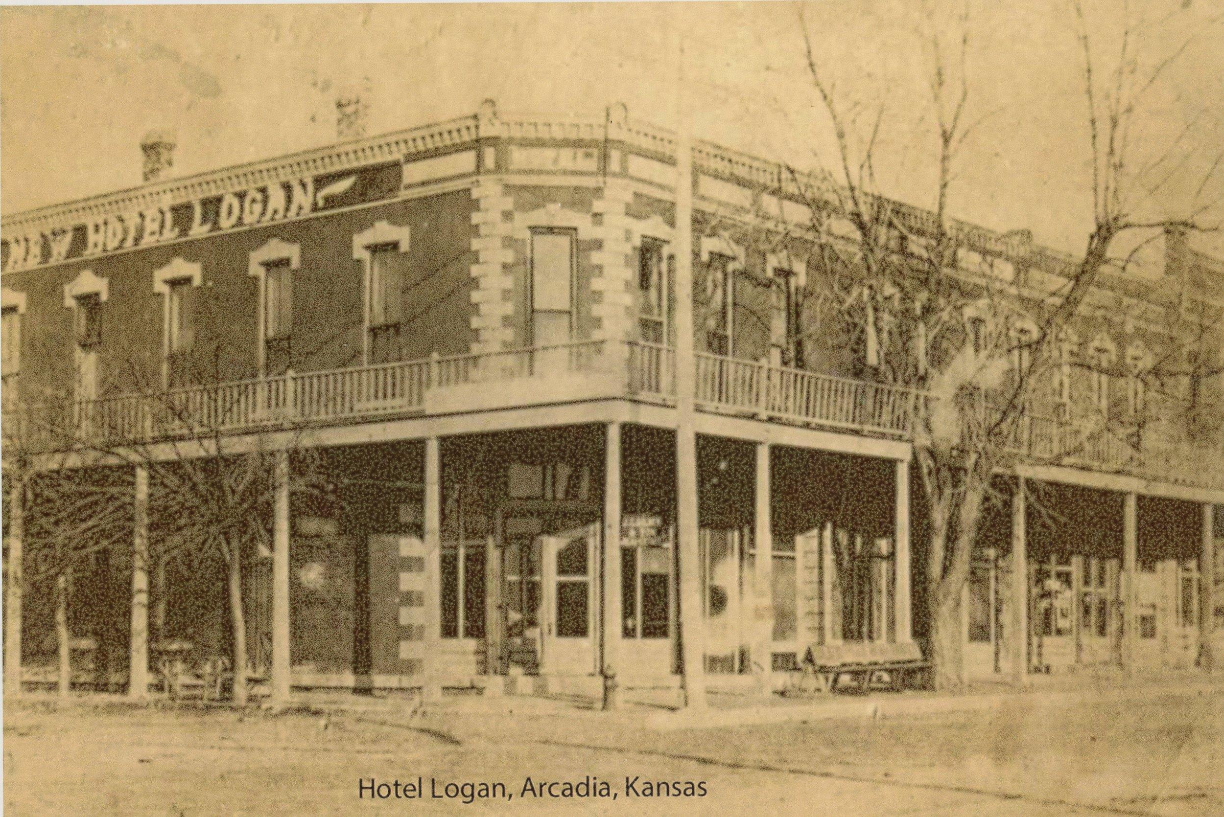 Arcadia mining camp, Crawford County, Kansas - Hotel Logan, Arcadia, KS