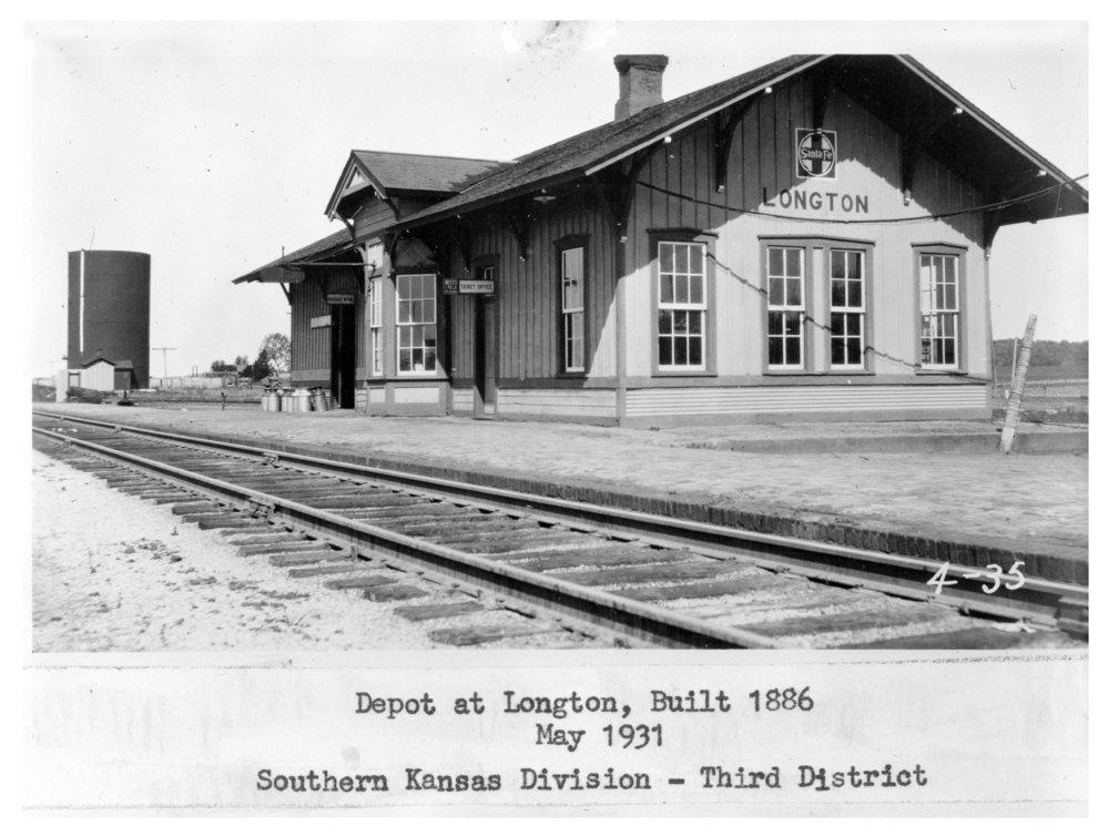Atchison, Topeka and Santa Fe Railway Company depot, Longton, Kansas