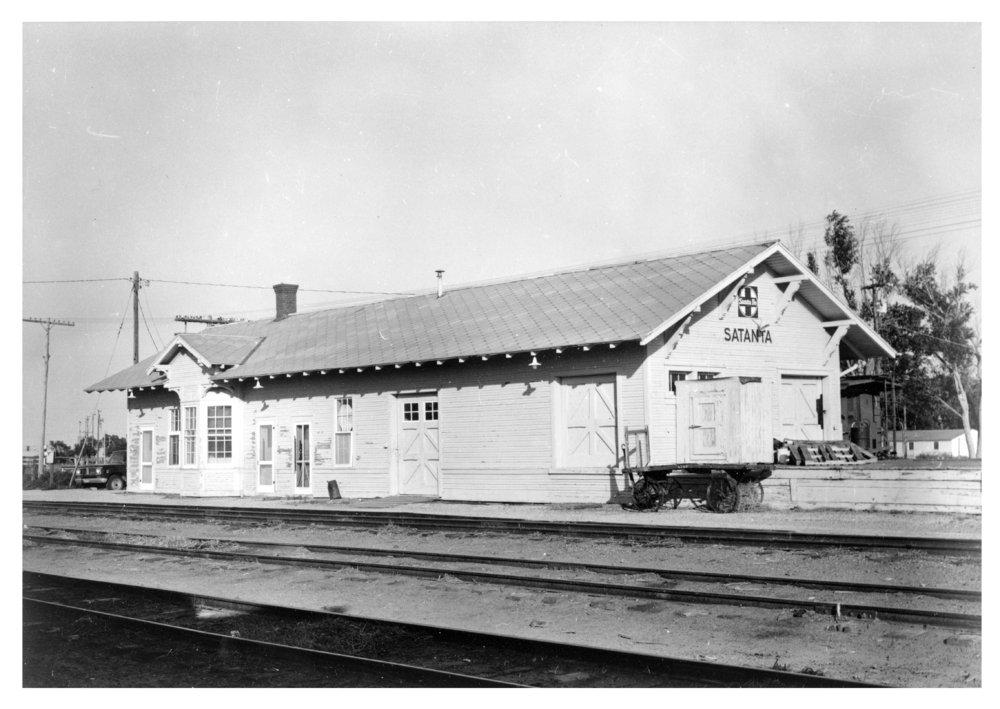 Atchison, Topeka and Santa Fe Railway Company depot, Satanta, Kansas - 3