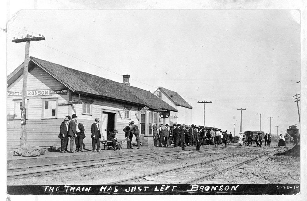 Missouri Pacific Railroad depot, Bronson, Kansas