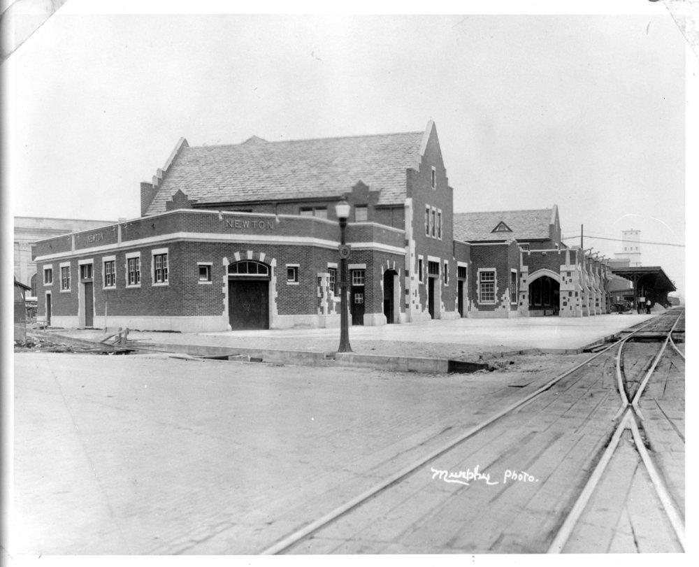 Atchison, Topeka and Santa Fe Railway Company depot, Newton, Kansas - 1