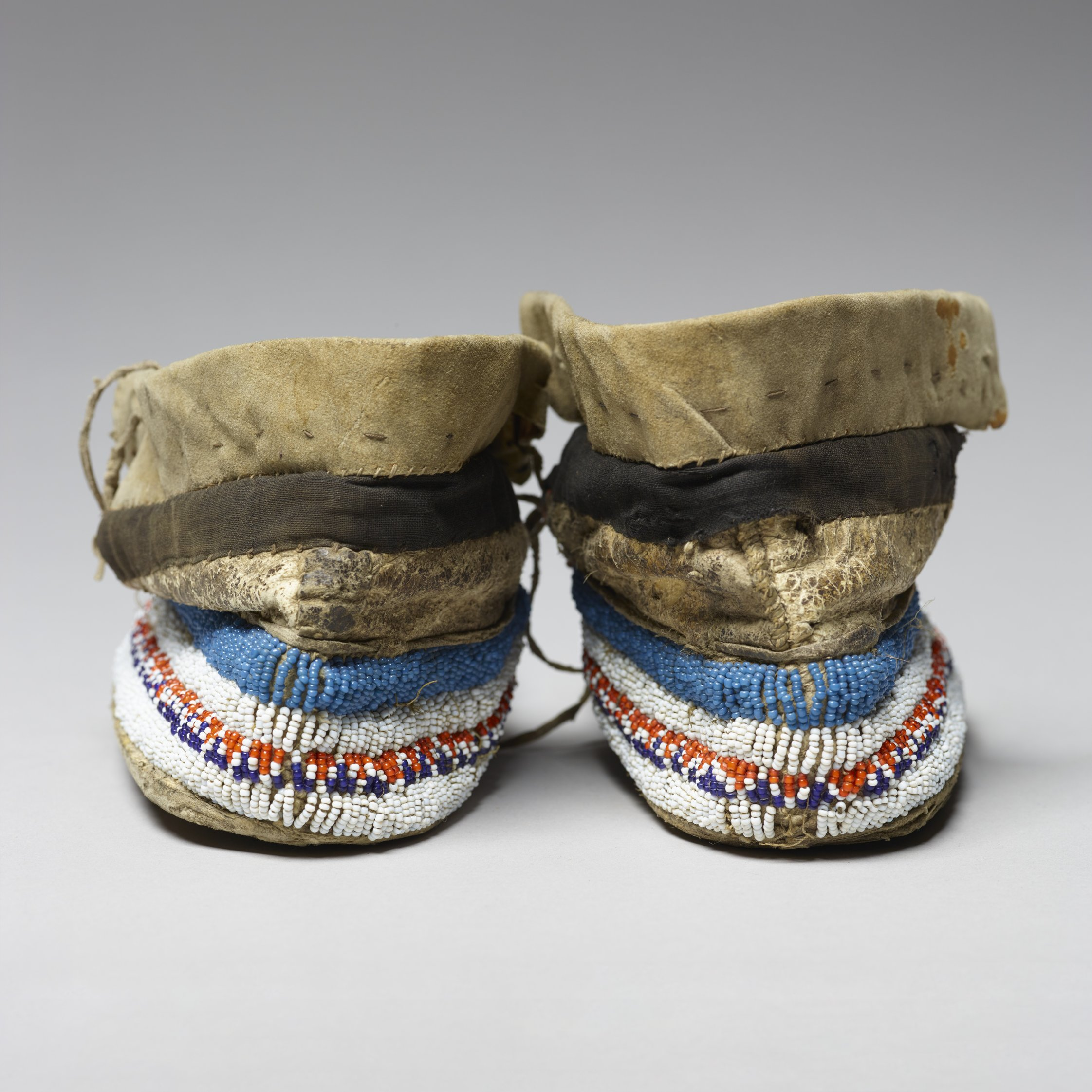 Beaded Moccasins - 4