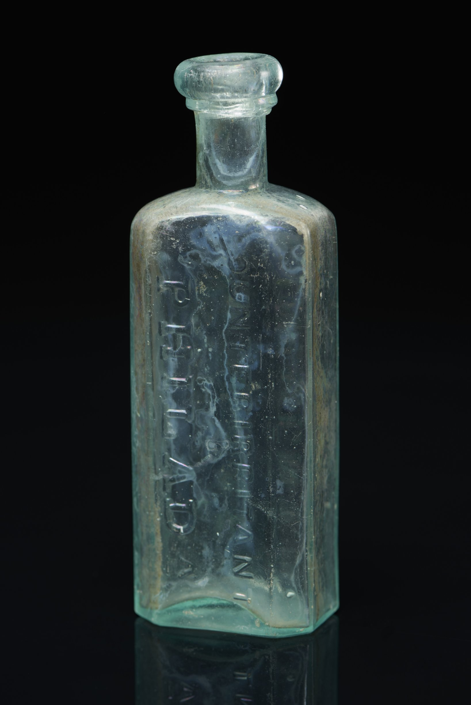 Dr. D. Jayne Liniment or Counterirritant Bottle from the Iowa and Sac and Fox Mission, 14DP384 - 3