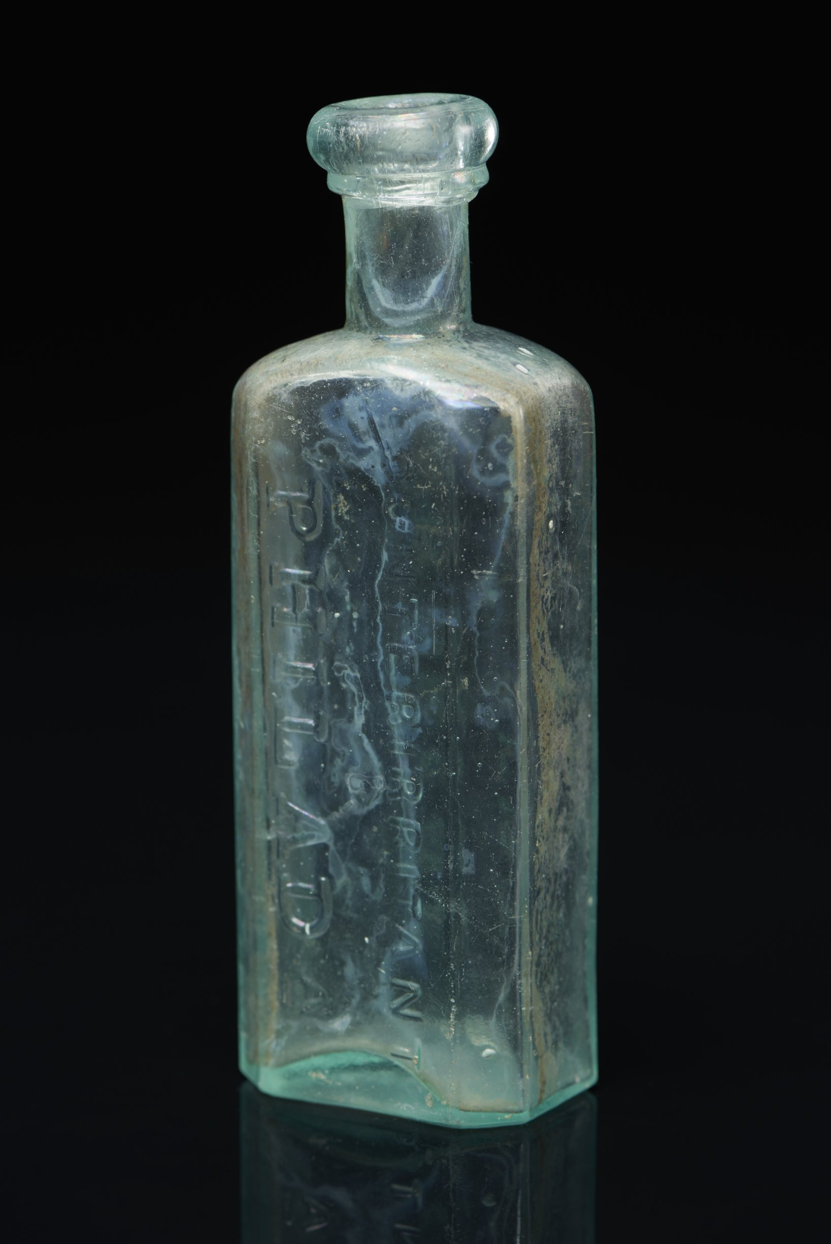 Dr. D. Jayne Liniment or Counterirritant Bottle from the Iowa and Sac and Fox Mission, 14DP384 - 4
