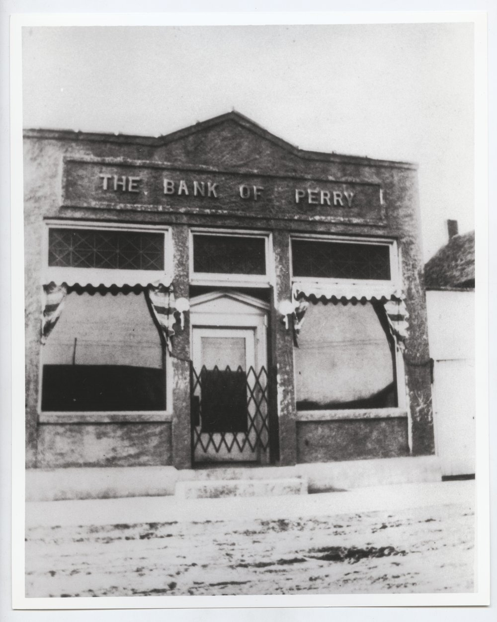 Bank of Perry, Perry, Kansas - 4