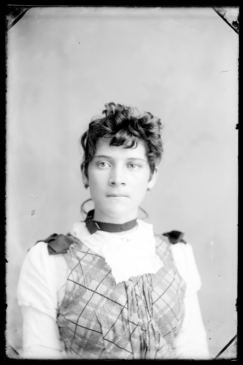 Michael A. Kennedy photo collection, St. Paul, Kansas - Portrait of Mary Jane (Kennedy) Long, sister of Michael A. Kennedy (2753)