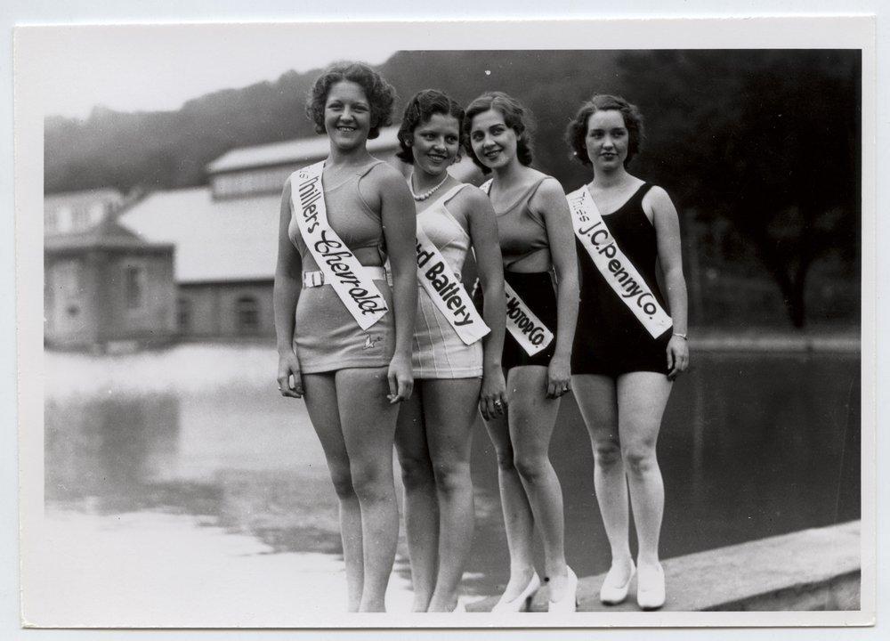 Beauty contestants, Manhattan, Kansas - 3