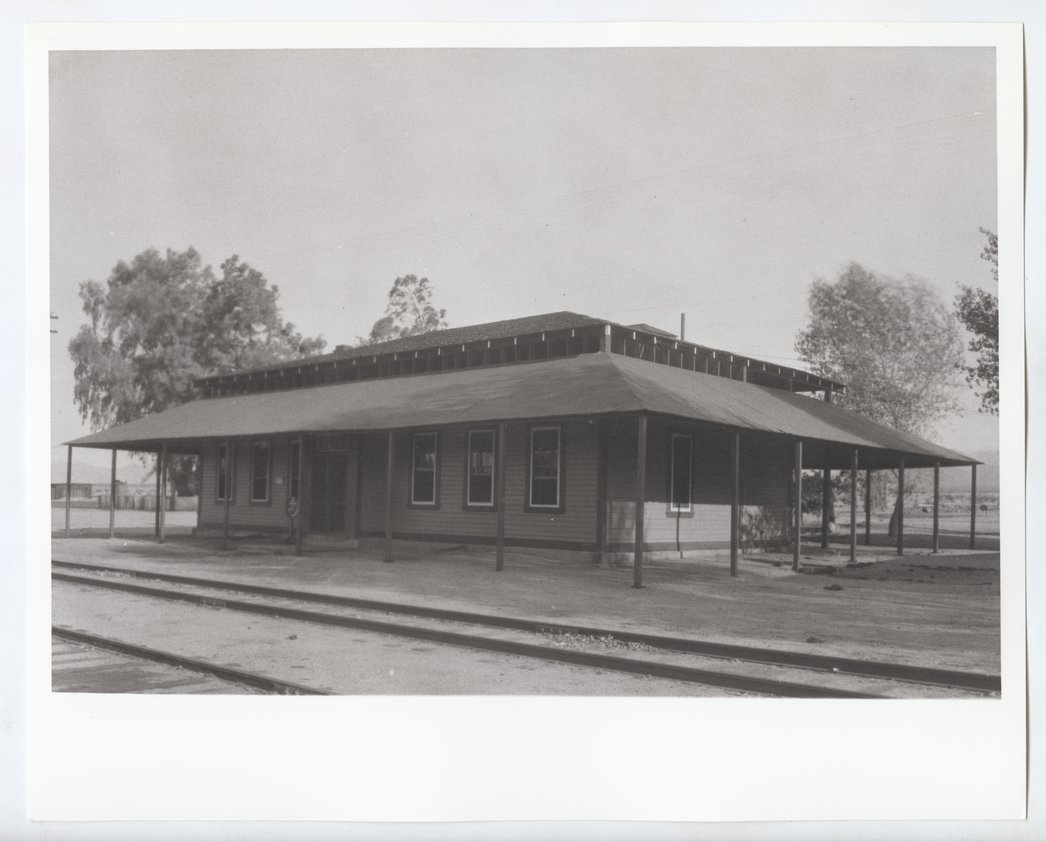 Atchison, Topeka and Santa Fe Railway Company depot and Fred Harvey House, Bagdad, California - 1