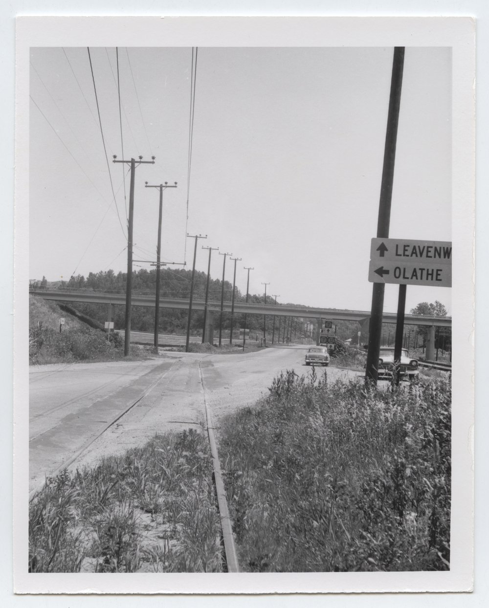 Kansas City, Kaw Valley K-32 crossing, Bonner Springs, Kansas - 1