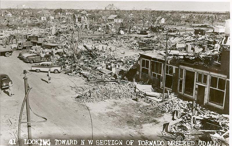 Tornado wrecked Udall, Kansas