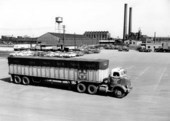 Atchison, Topeka, & Santa Fe Railway Company's piggyback trailer