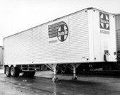 Atchison, Topeka, & Santa Fe Railway Company's piggy-back trailer