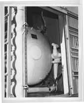 Atchison, Topeka and Santa Fe nitrogen tank for refrigeration car