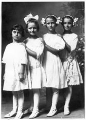 Smith girls, Wabaunsee, Kansas