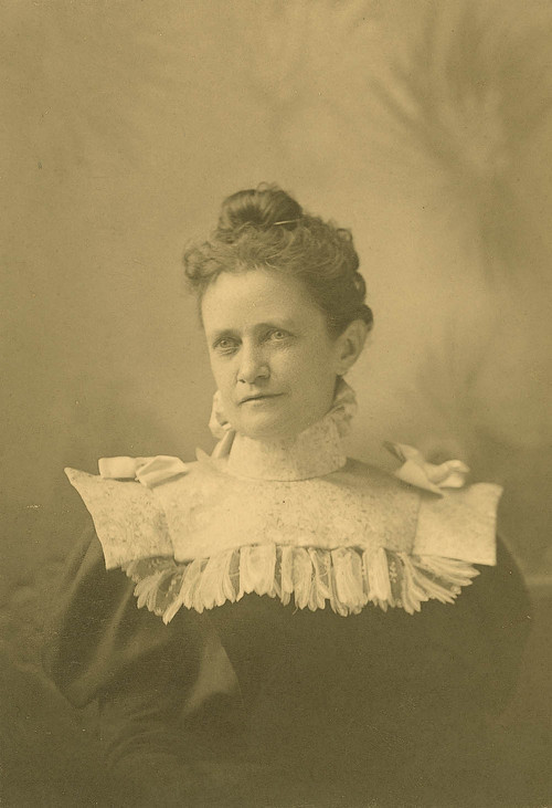 Photograph of Annie Diggs