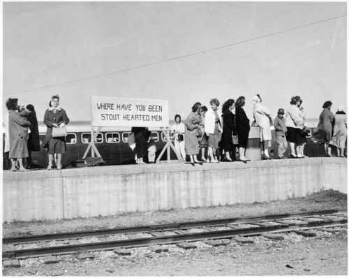 Soldiers' arrival, Fort Hood, Texas - Page