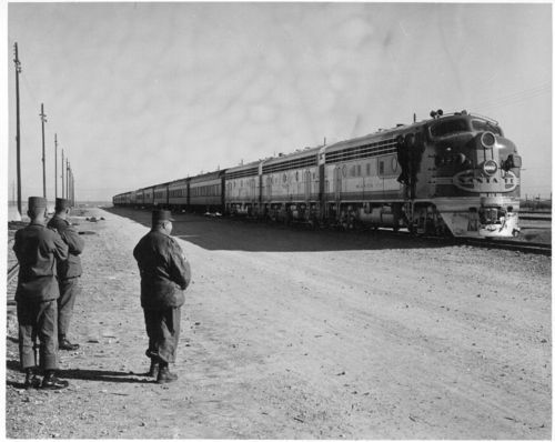 Atchison, Topeka & Santa Fe Railway Company's military train, Fort Hood, Texas - Page
