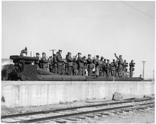 Atchison, Topeka and Santa Fe Railway Company's military train, Fort Hood, Texas - Page