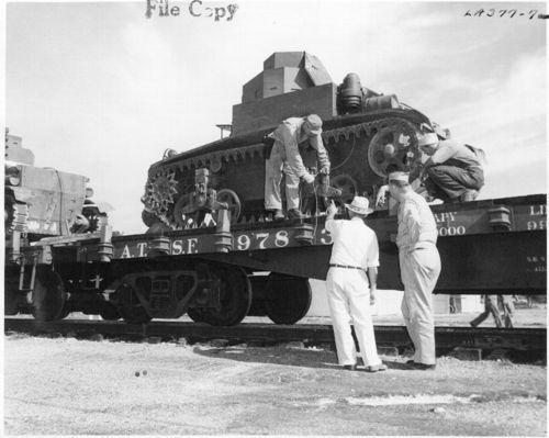 Atchison, Topeka & Santa Fe Railway Company's flatcar - Page