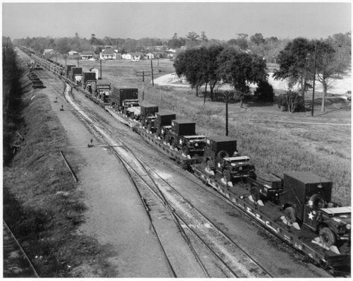 Atchison, Topeka & Santa Fe Railway Company's military shipment, Dallas, Texas - Page