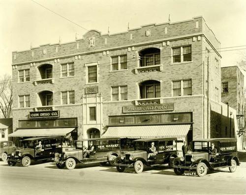 Gem Market Delivery trucks, Topeka, Kansas, 1928 - Page