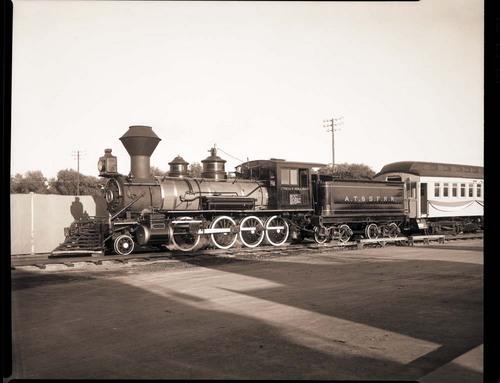 Atchison, Topeka & Santa Fe Railway Company's steam locomotive #132 - Page