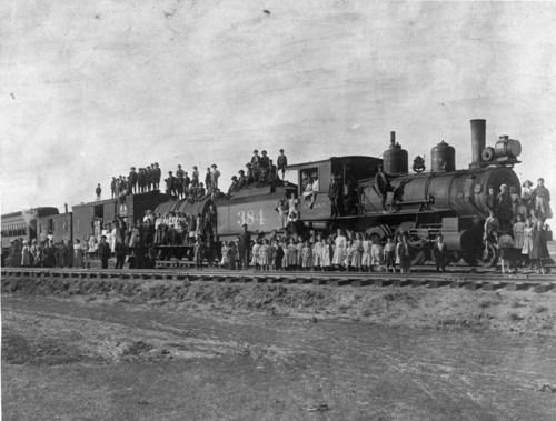 Atchison, Topeka & Santa Fe Railway Company's steam locomotive #384 - Page