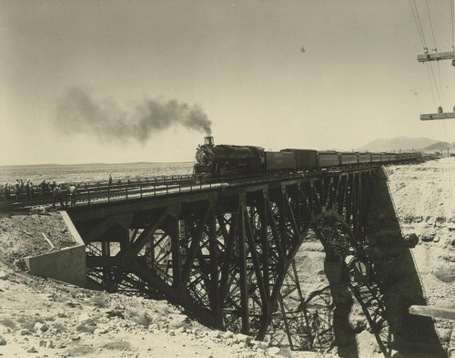Atchison, Topeka & Santa Fe Railway Company's California Limited, Canyon Diablo bridge, Arizona - Page