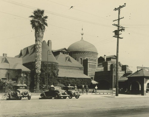 La Grande Station in Los Angeles - Page