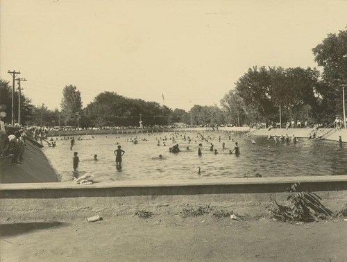 Swimming pool Gage Park, Topeka, Kansas - Page