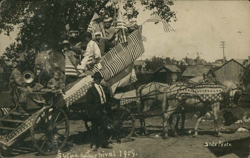 Clown band and bandwagon, Sylvan Grove, Kansas - Page