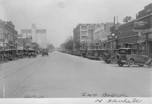 Santa Fe Avenue looking north, Salina, Kansas - Page