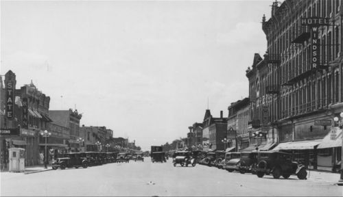 Main Street, Garden City - Page