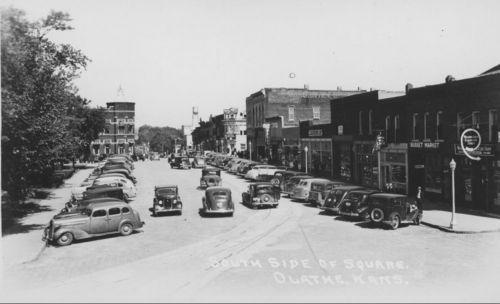 South side of square, Olathe, Kansas - Page