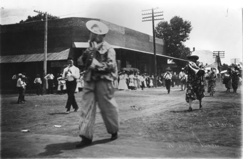 Independence Day Parade, Mount Hope, Kansas - Page
