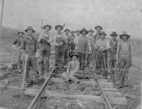 Atchison, Topeka & Santa Fe Railway Company section workers - Page