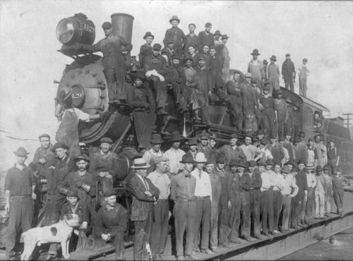 Atchison, Topeka & Santa Fe Railway Company's section crew - Page