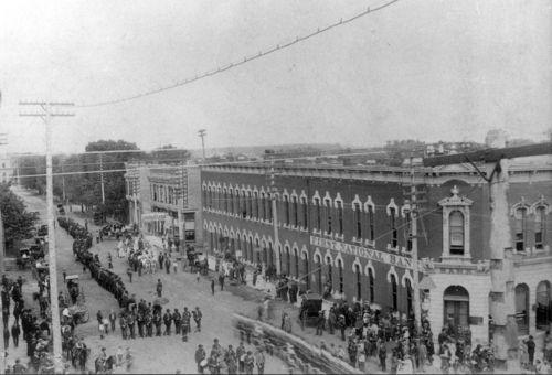 Memorial Day Parade, Hutchinson, Kansas - Page
