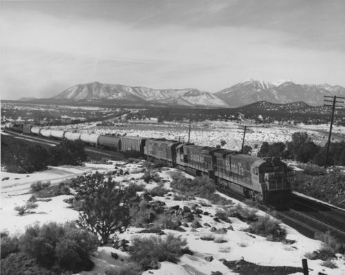 Diesel-powered locomotive and freight train, Flagstaff, Arizona - Page